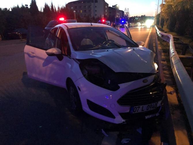 Alkollü sürücünün çarptığı motosikletteki karı koca ağır yaralandı