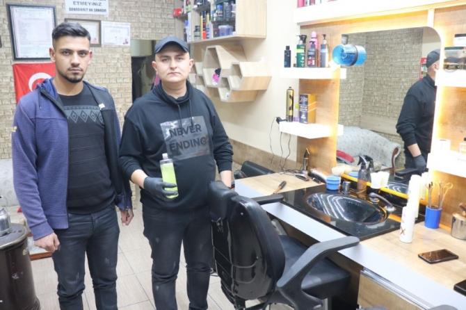 Karaman'da berberler de koronavirüse karşı önlemlerini aldı