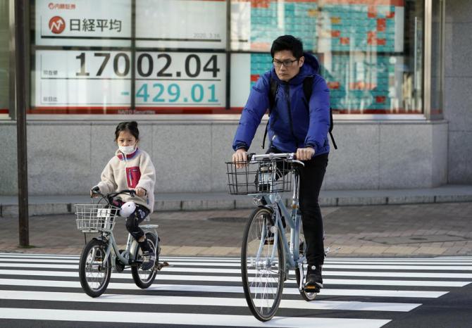 Güney Kore ve Japonya'nın korona kontrolündeki örnek başarısı