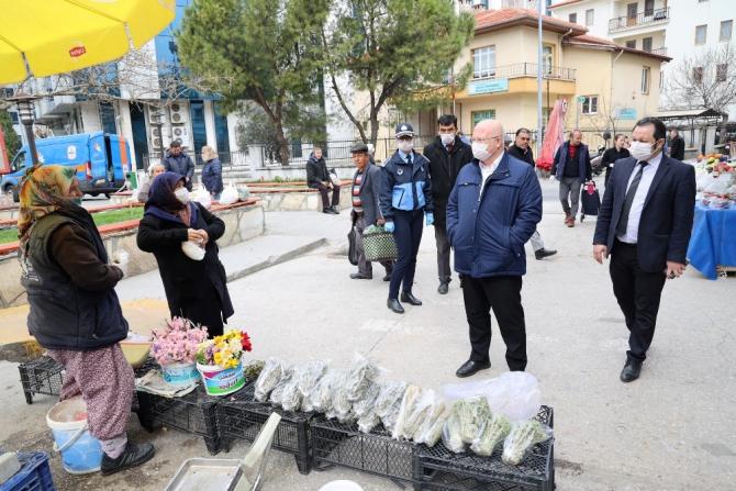 Menteşe halk pazarında Korona virüs denetimi