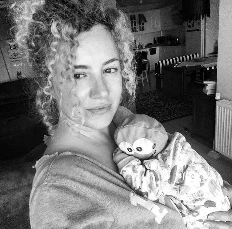 Pınar Aydın ikinci kez anne oldu
