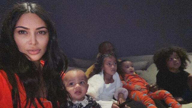 Kim Kardashian çocuklardan bunaldı kendini misafir odasına attı