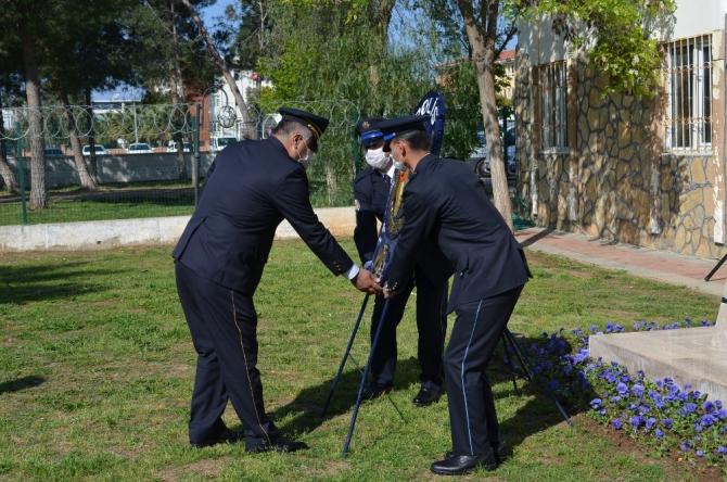 Didim'de Polis Haftası sosyal mesafeyle kutlandı