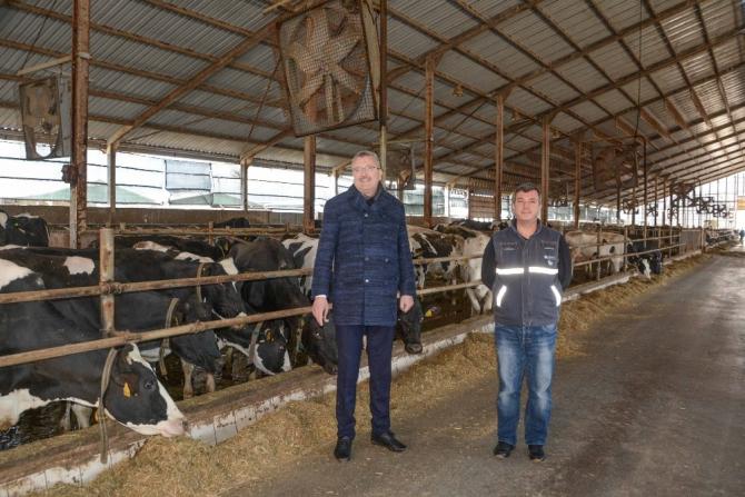 Başkan Özkan'dan üreticilere destek ziyareti