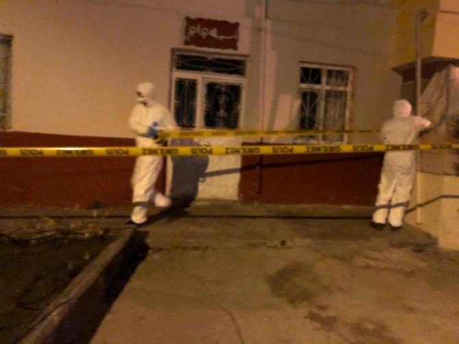 Kağızman'da şüpheli bina karantinaya alındı