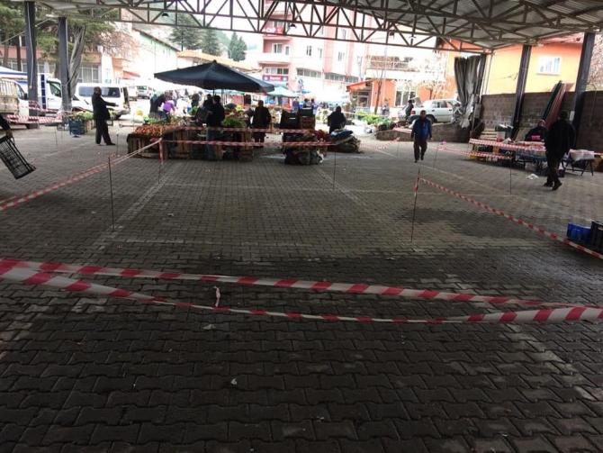 """Şaphane pazarına 'yabancı esnaf"""" girişi yasaklandı"""
