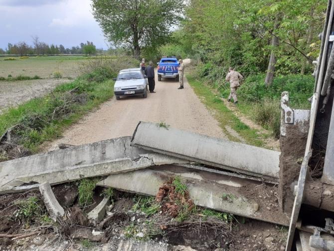 Osmaniye'yi Adana'ya bağlayan köy yolları kapatıldı