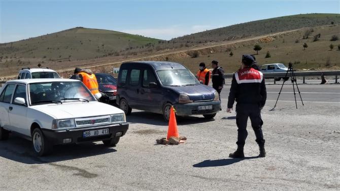 Yozgat'ta yol denetimleri aralıksız devam ediyor