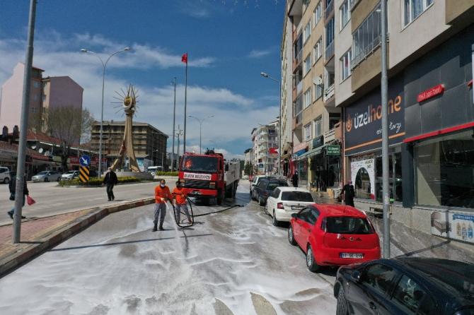 Bilecik'te sokaklar dip köşe yıkandı