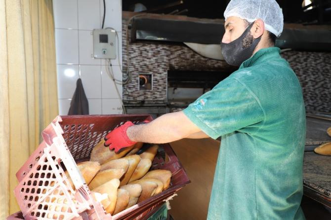 Alanya Belediyesinden ekmek yardımı