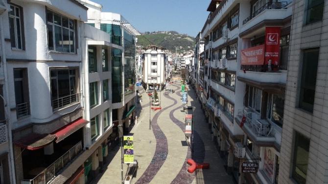 Ordu'da yasağın ardından sokaklar ıssız kaldı