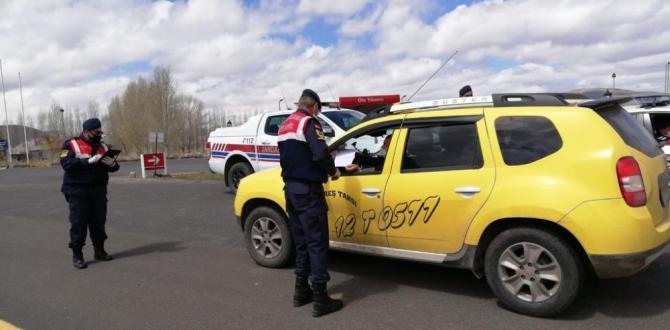 Palandöken ilçe jandarma trafik ekiplerinden Trafik Haftası'nda uygulama