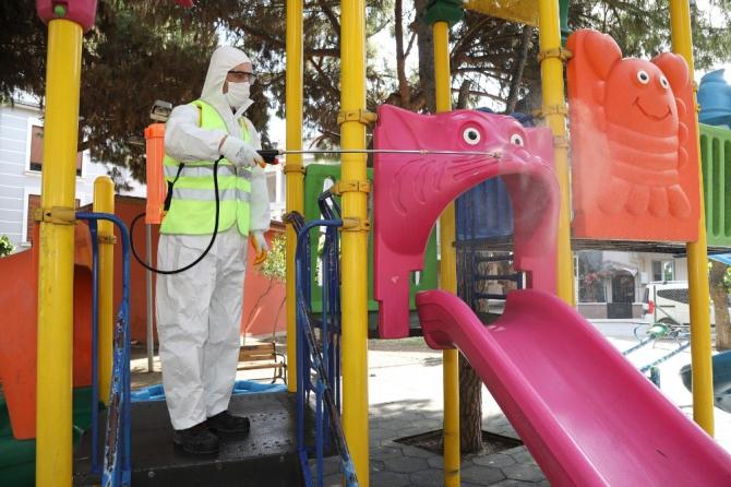 Gaziemir'in parkları salgın sonrasına hazırlanıyor