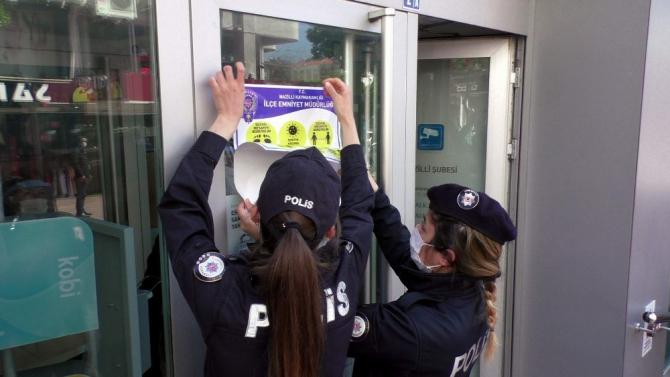 Nazilli polisi sosyal mesafeye dikkat çekti