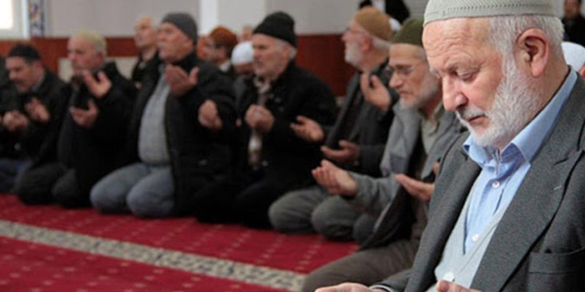İçişleri'nden camilerin ibadete açılmasına ilişkin genelge!
