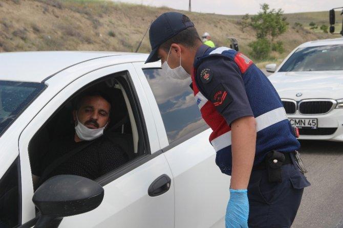 Sürücüler Dikkat! Ankara-Samsun karayolunda araçlar tek tek durduruluyor!