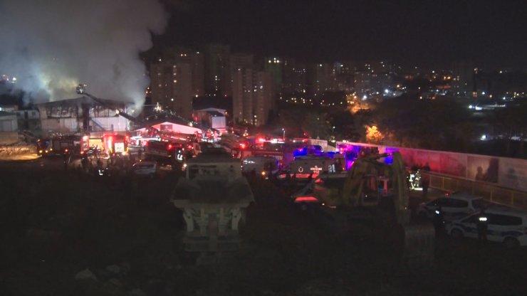 Ümraniye'de şantiyede yangın çıktı(Geniş Haber)