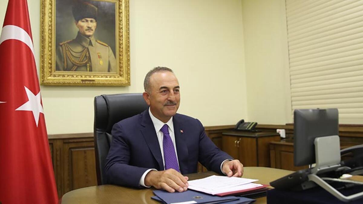 Dışişleri Bakanı Çavuşoğlu, diğer ülkelerdeki mevkidaşlarıyla bayramlaştı