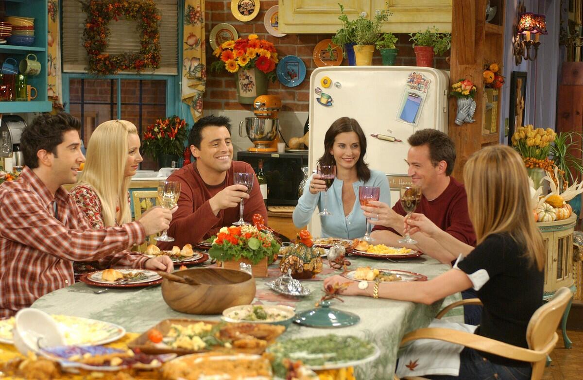 Friends dizisinde yer alan tarifler için yemek kitabı çıkıyor!