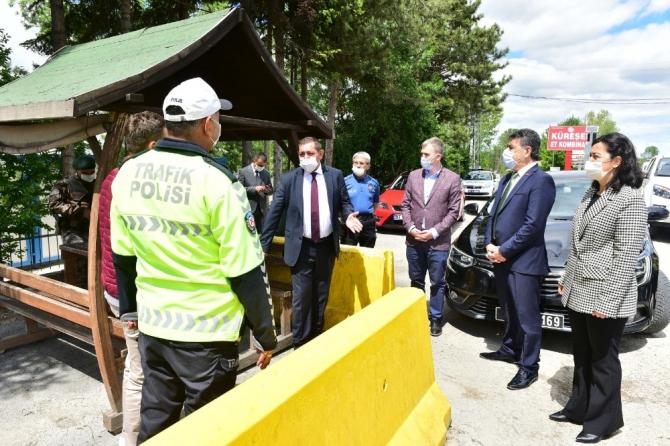 BaşkanVidinlioğlu, belediye personelini ve polis noktalarını ziyaret etti