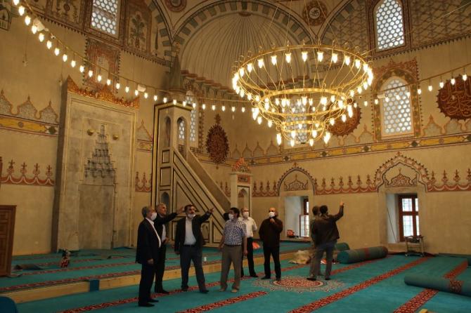 Vakıflar Bölge Müdürü Nurullah Osmanlı Akşehir'i ziyaret etti