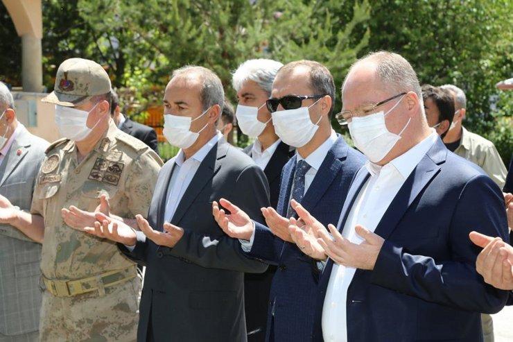 Sivas'ta 1003 şükür kurbanı kesildi