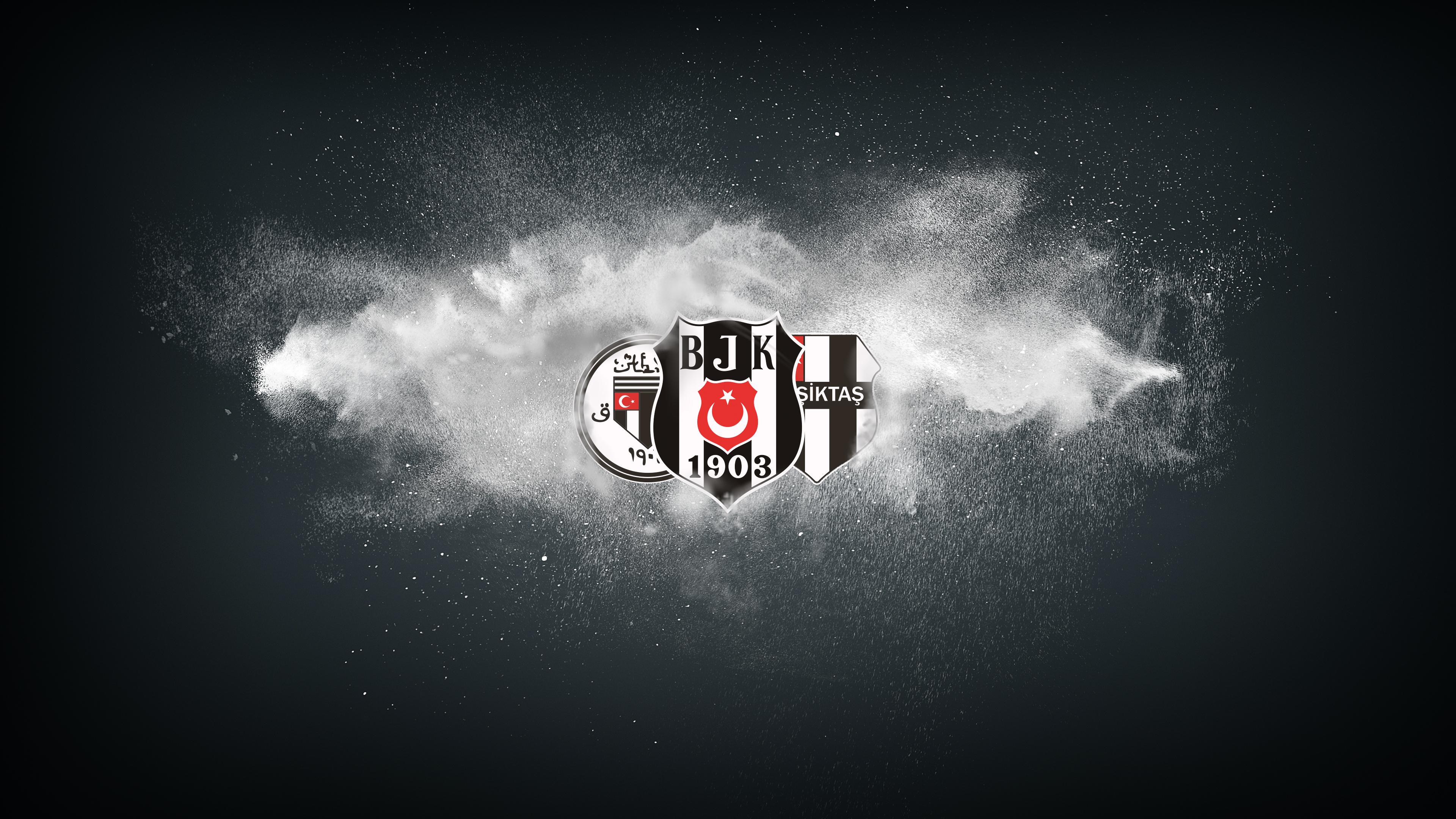 Beşiktaş'ta artık oyna-kazan modeli olacak!