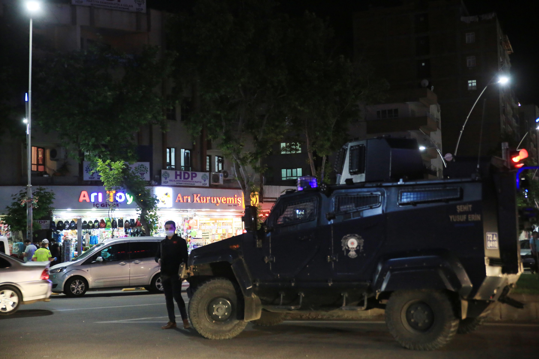 Batman'da terör soruşturması: HDP il Başkanları gözaltına alındı