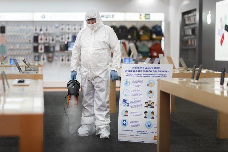 Koronavirüs önlemleri ile 1 Haziran'da mağazalarını yeniden açıyor