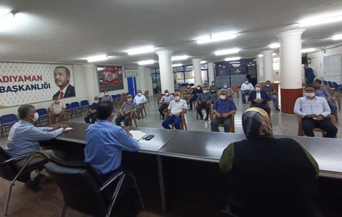 AK Parti'de korona süreci sonrasında ilk toplantı gerçekleştirildi