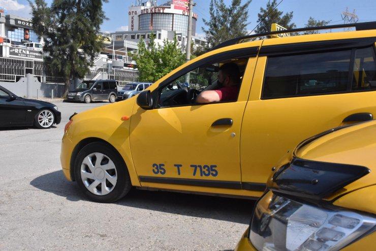 İzmirli taksicilerden 'dakikalık araç kiralama' uygulamasına tepki