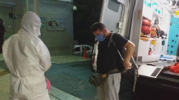 Mısır'da Kovid-19'a yakalanan Türk aile ambulans uçakla Türkiye'ye getirildi