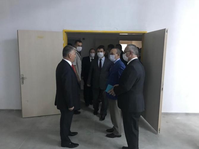 Vali Ersin Yazıcı Burhaniye'yi ziyaret etti
