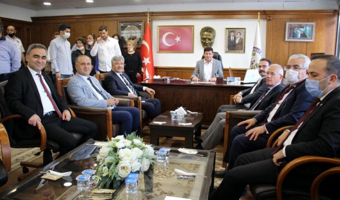 İYİ Parti Genel Başkan Yardımcısı Ergun'dan Başkan Özcan'a ziyaret