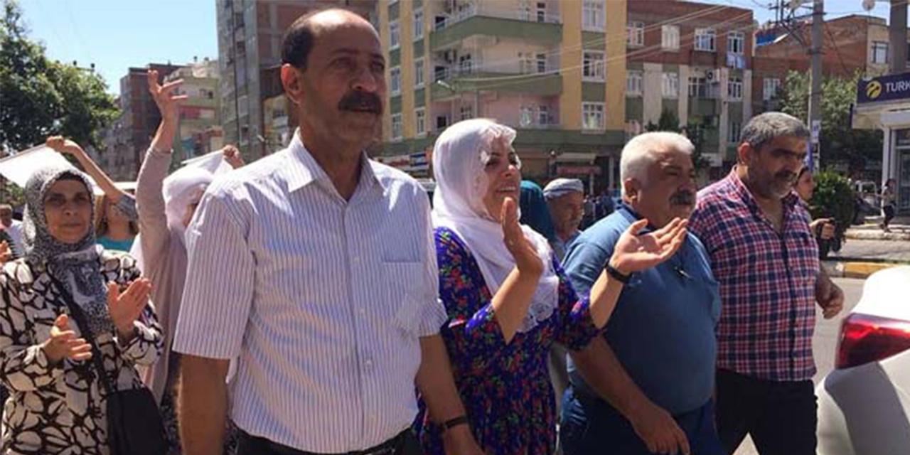 Vekillikleri düşürülen 2 HDP'li hakkında yakalama kararı! Musa Farisoğulları gözaltına alındı