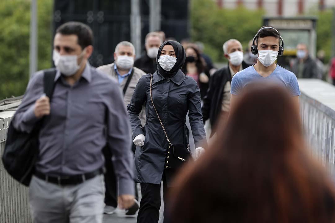 Prof.Dr. Çelik'ten korkutan kitle bağışıklığı açıklaması: 3-5 milyon kişi ölecek