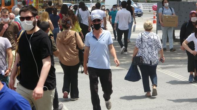 """Maske takmayan kadından ilginç savunma: """"Astımım var, nefes alamıyorum"""""""