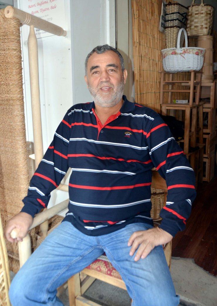 Padişaha hediye taşınan Karamürsel sepetinden pazar arabası yapıyor