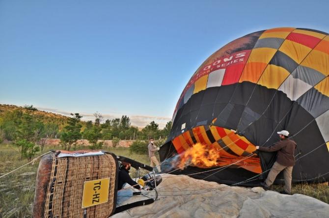Konya'da balon turizmi için test uçuşu yapıldı