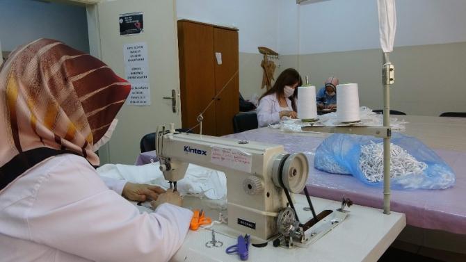 Trabzon'da tıbbi maske seferberliği sürüyor
