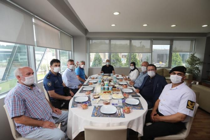 Vali Kaldırım, Söğütlü ve Sapanca ilçelerinde ziyaretlerde bulundu