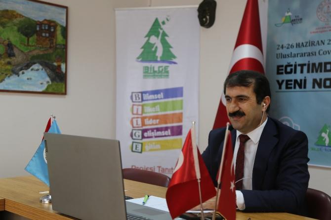 """Türkiye'nin ilk """"Uluslararası Covid-19 e-kongresi"""" Artvin'de başladı"""