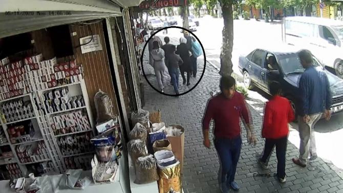 İzmir'de yaşları küçük çocuklara yankesicilik yaptıran suç örgütü çökertildi