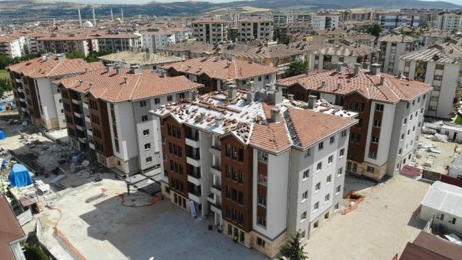 Elazığ'da ilk konutlar bitme aşamasına geldi, depremzedelere 2 ay sonra teslim edilecek