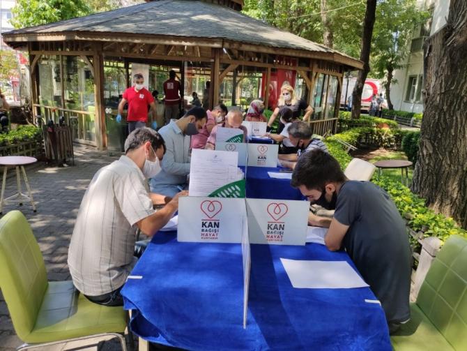 Diyarbakır Tarım ve Orman Müdürlüğü çalışanlarından kan bağışı kampanyasına destek