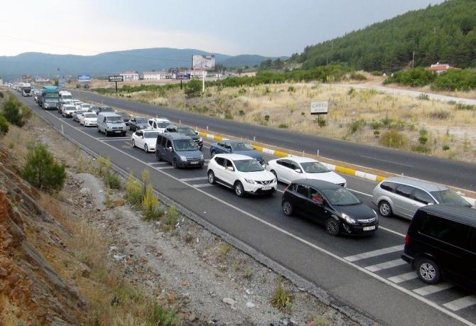 Muğla'da bir yılda araç sayısı 13 bin 523 artı