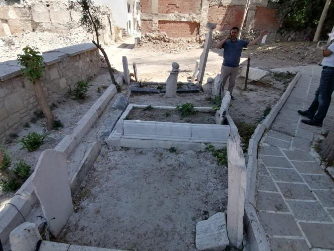 Vakıflar Bölge Müdürü, Tarihi Hacı İbrahim Ağa Camisi'nde inceleme yaptı