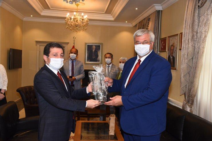 """Büyükelçi Sybiha: """"Ukraynalılar güvenli tatil için Türkiye'yi tercih ediyor"""""""