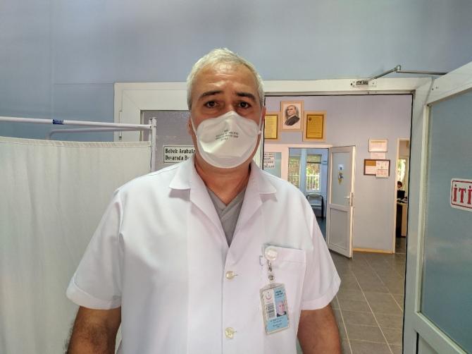 Maskesiz girdiler, uyaran doktoru darp ettiler