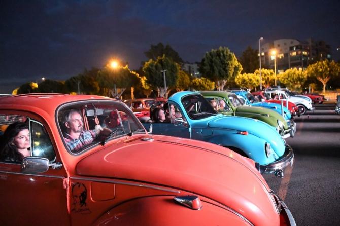 Konyaaltı'nda 13 bin 500 vatandaş 'Arabada Sinema' izledi